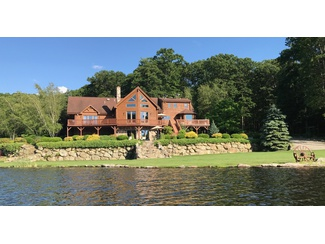 OWN YOUR OWN LAKE |  MAGNIFICENT ONE-OF-A-KIND HOME MINUTES TO NYC